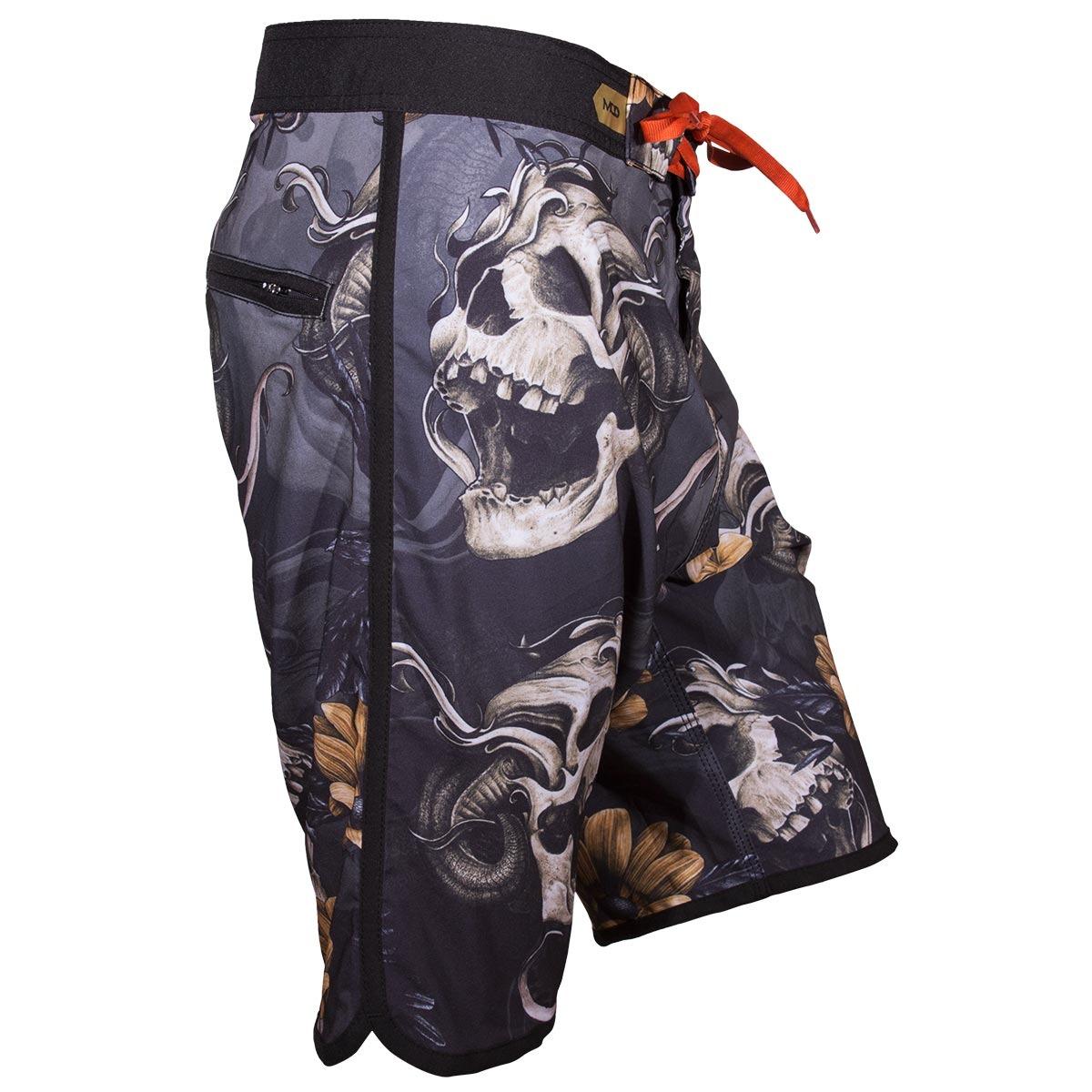 bermuda mcd walk scream skull - cinza preto. Carregando zoom. 65472fe1ee6