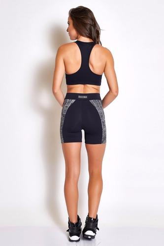 bermuda shorts feminino fitness preto comfy colcci original
