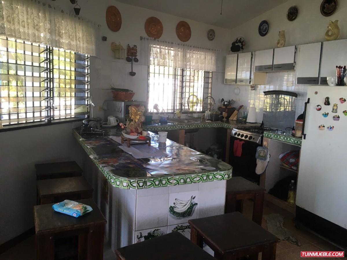 best house vende hermosa casa en bahia de buche higuerote