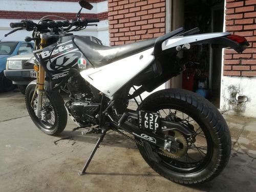 beta motar 200cc 2010 exelente permut auto o moto y financio
