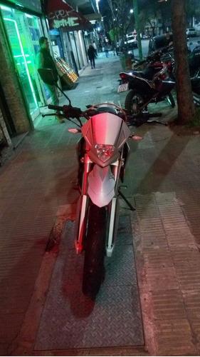 beta motard 250 - anticipo con $33000 - tomo motos