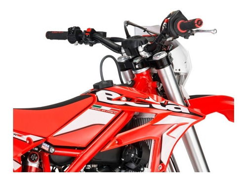 beta xtrainer 300 2t 2020 blanca