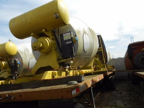 betoneira marca convicta ano 2013 ok-nunca usada 8 metros