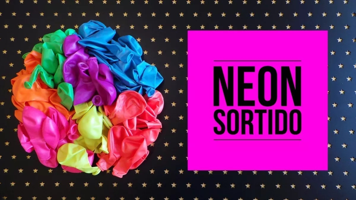 81268fabebe Bexiga Neon 250 Unidades 200 Copos 10 Tiara 10 Colar Pisca - R  167 ...