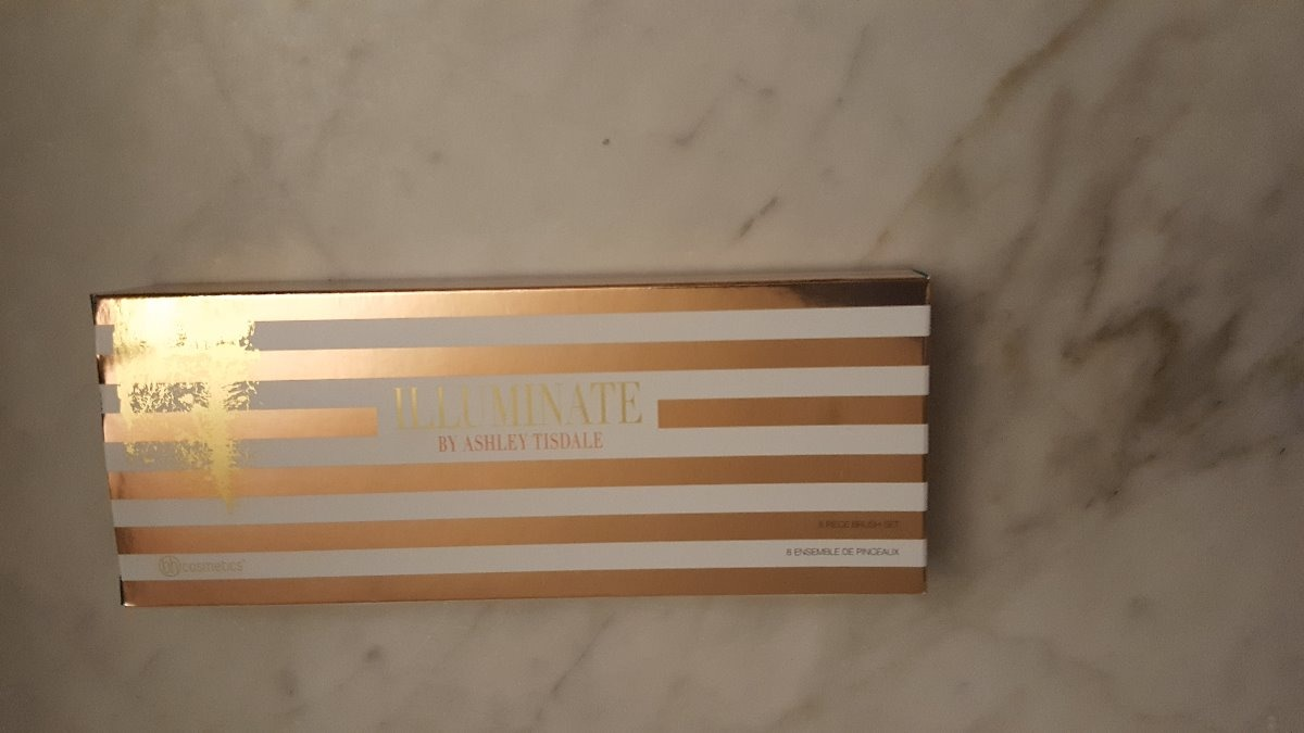245ac3792617 bh cosmetics illuminate by ashley tisdale 8 piece brush set. Cargando zoom.