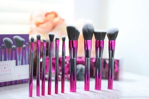 bh cosmetics royal affair brochas 10pzs gratis cosmetiquera
