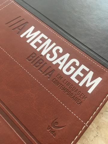 bíblia a mensagem - capa luxo marrom / cafe - contemporânea
