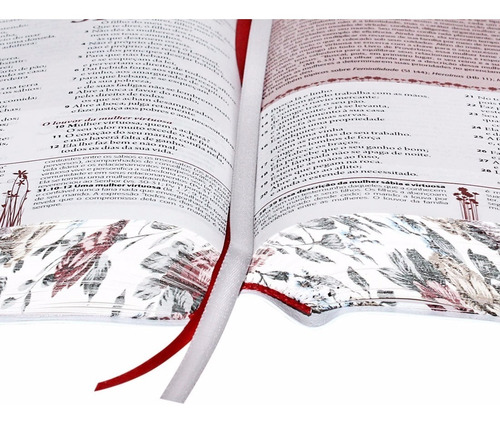 bíblia da mulher bordas floridas média + capa transparente