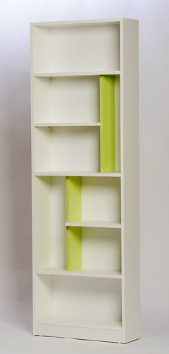 biblioteca con estantes minimalista