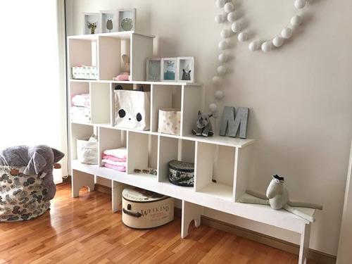 biblioteca de madera divisora de ambientes
