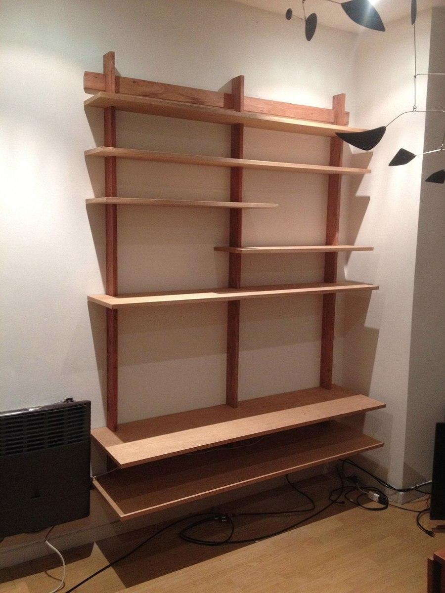 biblioteca estanteria colgante de madera libros cds tv