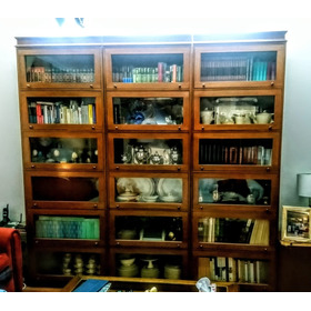 Biblioteca Tipo Thompson. Mattina Muebles