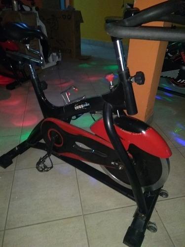 bicicelta fija  quuz precio por unidad poseo 3