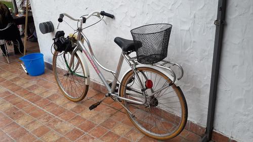 bicicleta a motor delantero. bicicleta fiorenza