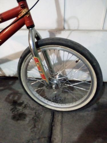 bicicleta antigua seminueva bmx marca gt