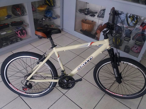 bicicleta aro 26  em alumínio com 21 velocidades customizada