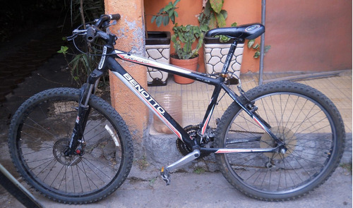 bicicleta benotto 26 30-30