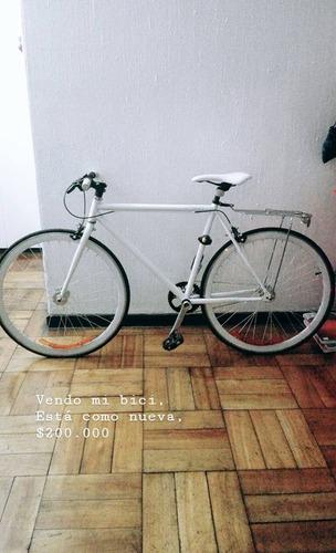 bicicleta blanca fixie rutera