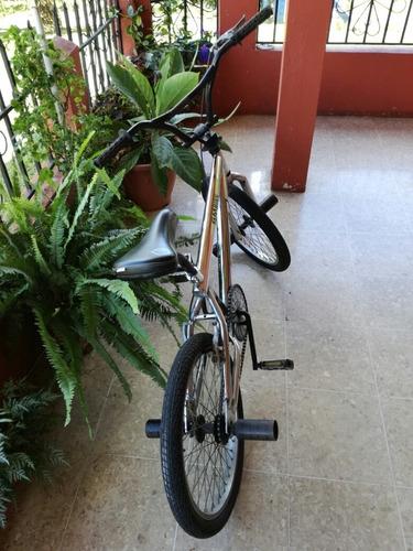 bicicleta bmx 20, aniquilados, en buen estado