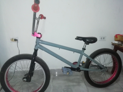 bicicleta bmx 9/10