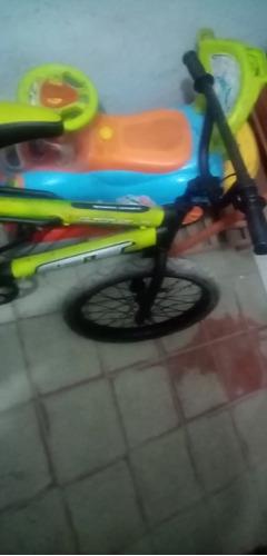bicicleta bmx en perfecto estado