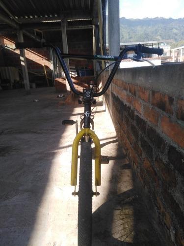 bicicleta bmx gw, marco serpens, cabrilla piraha.