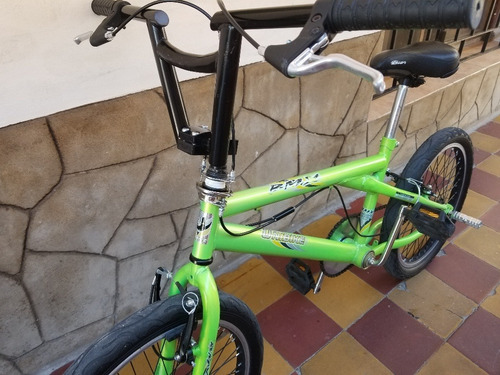 bicicleta bmx impecable rod 20