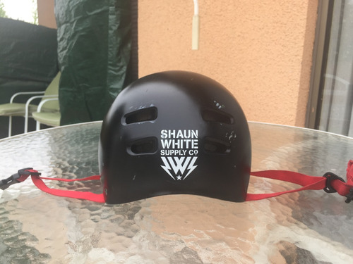 bicicleta bmx marca haro+casco marca shaun white+2 pedalines