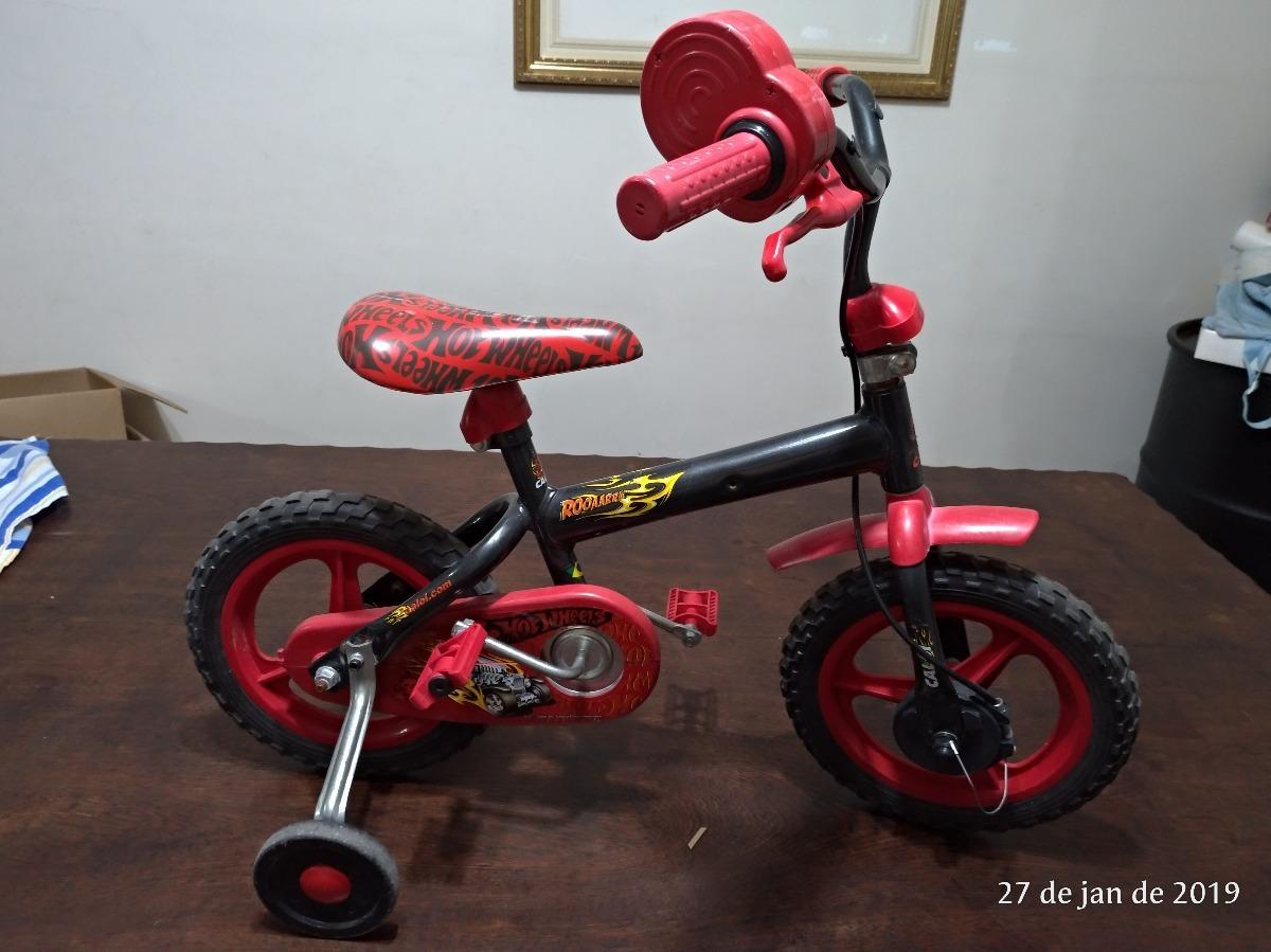 8b69b3311 bicicleta caloi aro 12 - faz som de moto - hot wheels. Carregando zoom.
