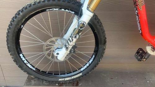 bicicleta commencal