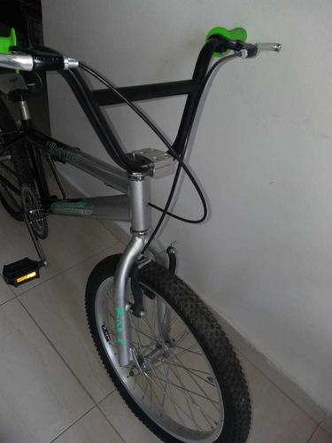 bicicleta cross sencilla