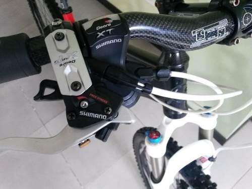 bicicleta de competencia marca giant full shimano deore xt