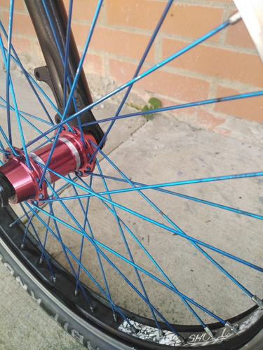 bicicleta de cross gw en buen estado, rin 20' negociable