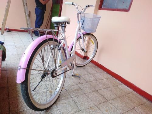 bicicleta de dama vintage rosada de aluminio