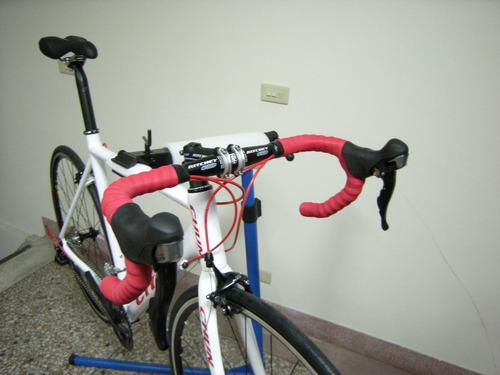 bicicleta de fibra carbion de pista
