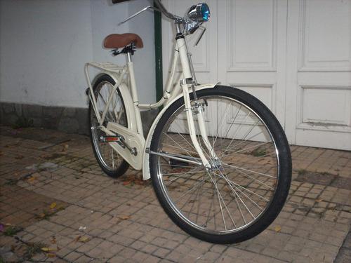 bicicleta de mujer tipo inglesa  crema pastel filetiada