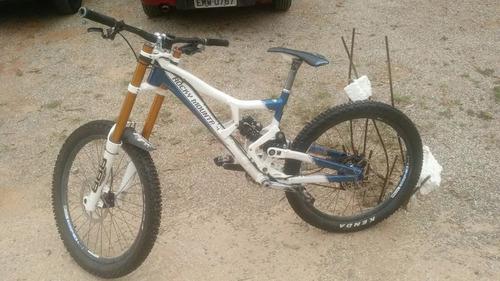 bicicleta downhill rocky mountain flatline pro 2012 bike
