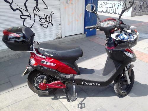 bicicleta electrika con todos los accesorios