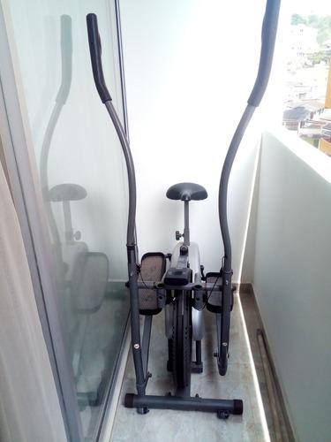 bicicleta elíptica.