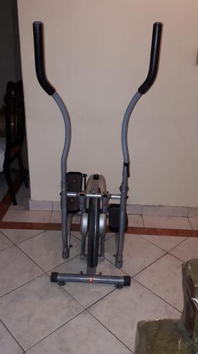 bicicleta elíptica ejercitadora.