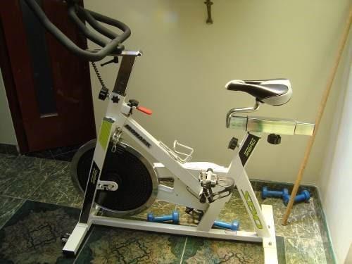 bicicleta estacionaria monark spinning
