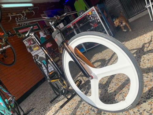 bicicleta fija /fixie