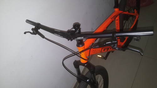 bicicleta hyena rin 29