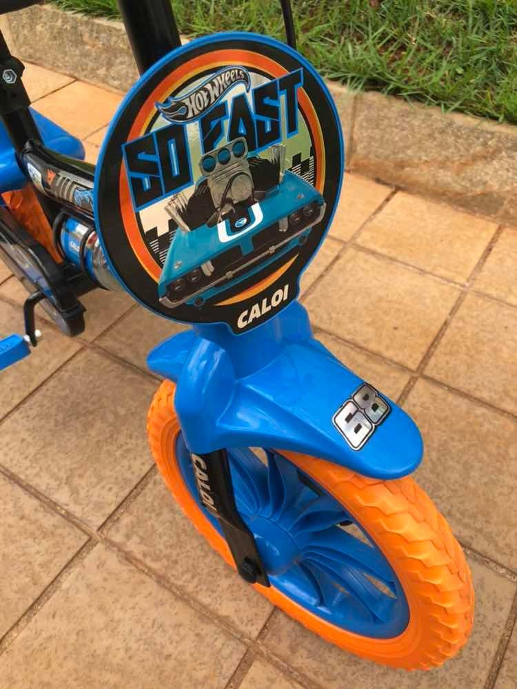 328c35e3d bicicleta infantil aro 12 hot wheels - caloi. Carregando zoom.