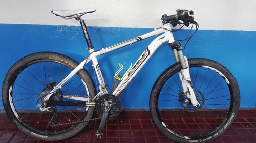 bicicleta montaña xc aro 26 marca bh peak mejoras carrera