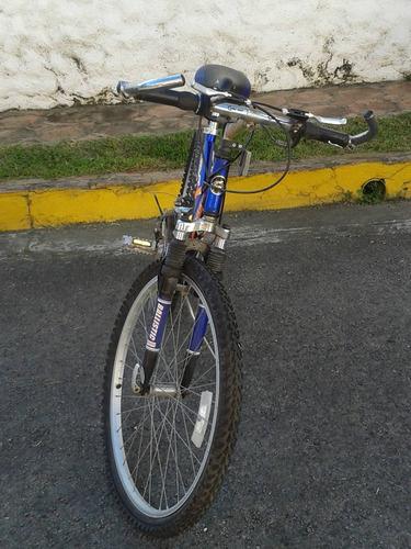 bicicleta montañera poco uso.