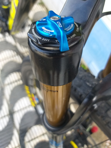 bicicleta mtb de carbono