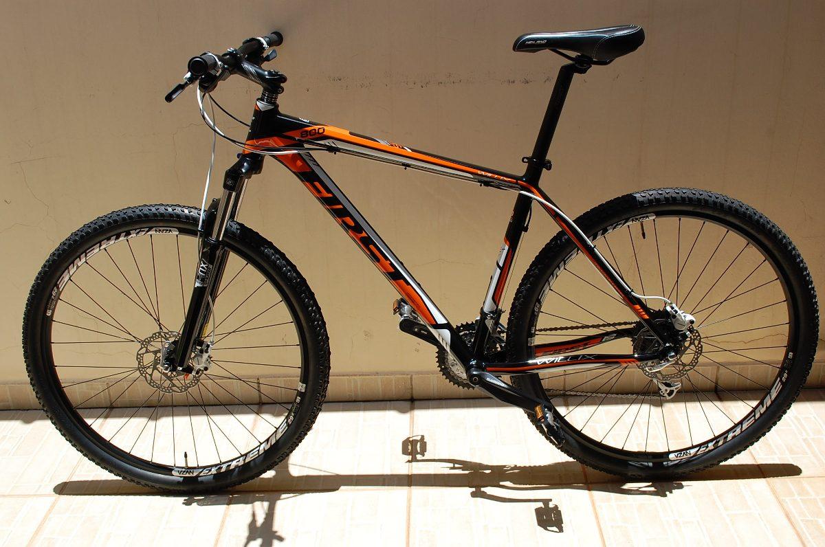 ed9b198e6 Bicicleta Mtb First Willix 800 Aro 29 Kit Shimano Alivio 27v - R ...