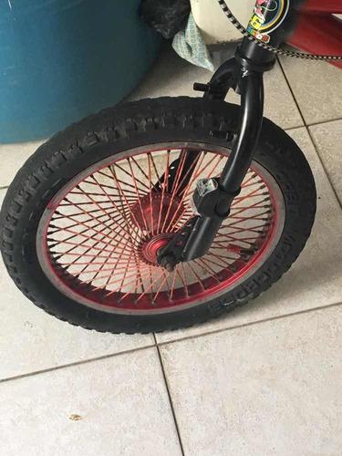 bicicleta nítida buenas condiciones