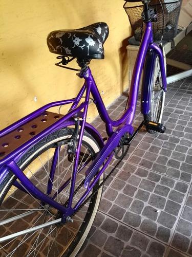 bicicleta paseo playera mujer violeta